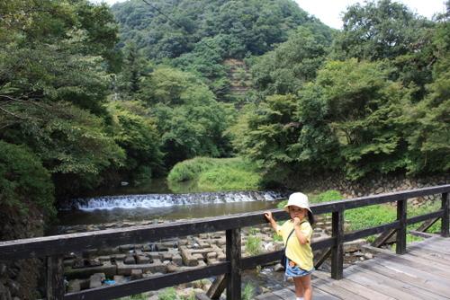 八瀬比叡山口駅を降りてすぐの橋